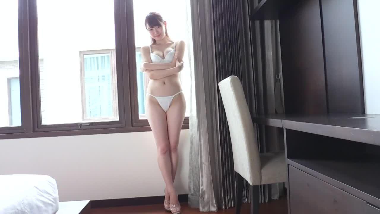 宮瀬なこ 極小下着の美おっぱいボディ彼女オンザベット動画