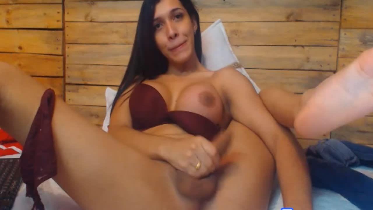 Assjob Futanari sister