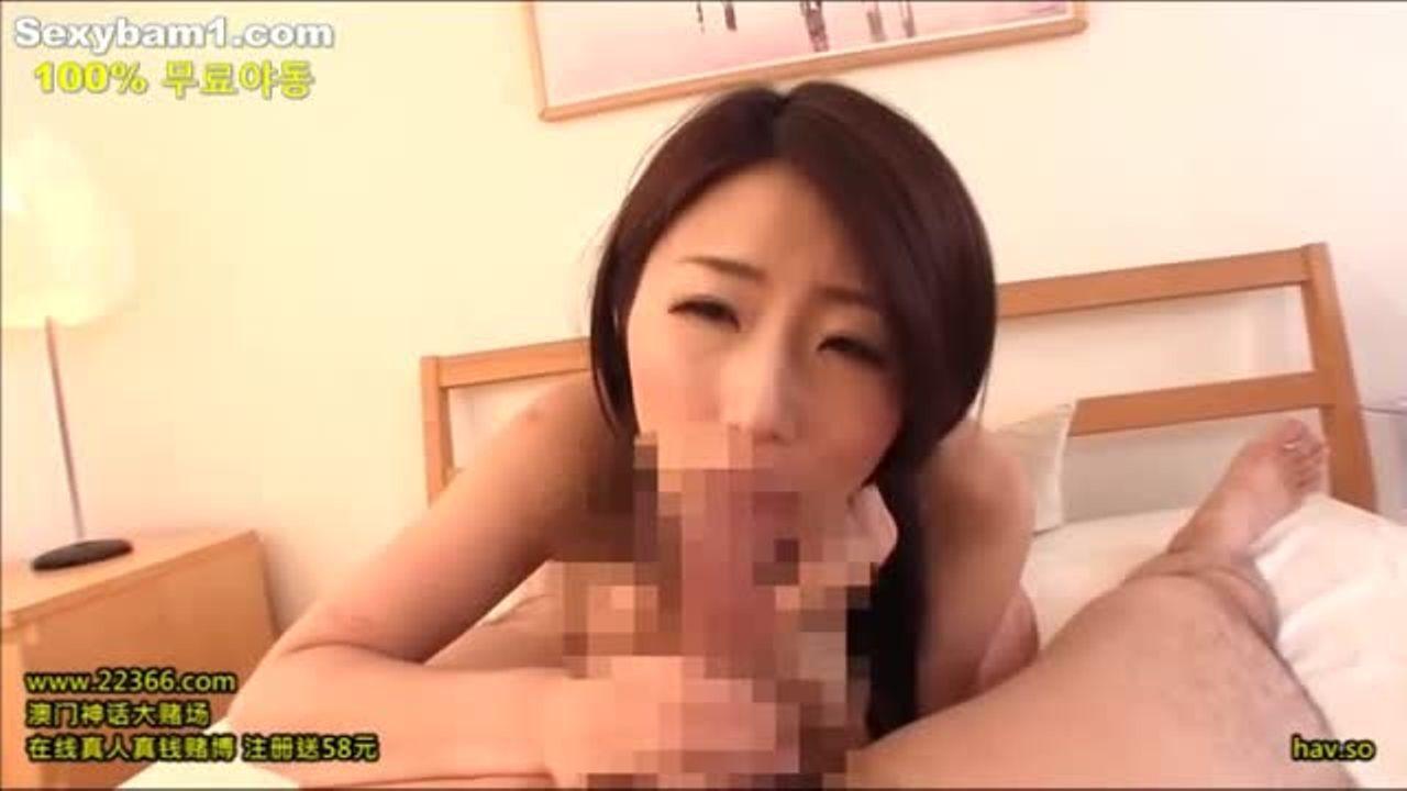 篠田あゆみ 男をペットにして楽しむ巨乳美女