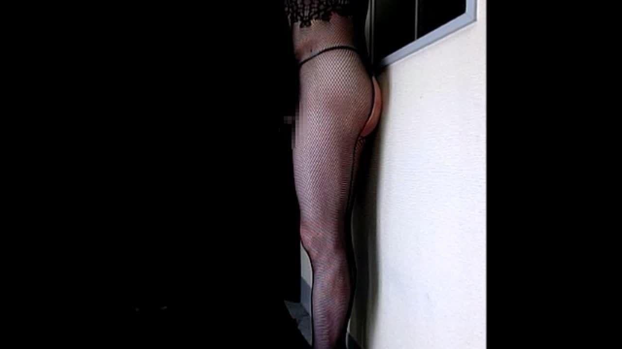 女性装エロ身体ストッキング 生のペニス