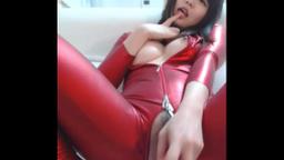 【ライブチャット】超絶セクシー衣装美巨乳美女のいやらしい肢体!!