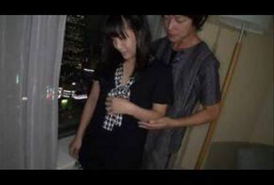 ホテルの一室で美乳若妻とねっとりプレイ!!