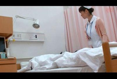 夜勤の熟女看護師とエロいことになった 35