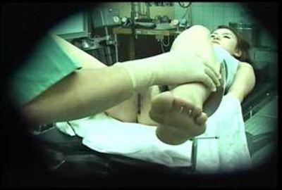 狂った医師の卑猥な悪戯記録 1