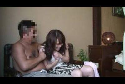 完全無料の出会い系サイトでハメた人妻を隠し撮り Part 2