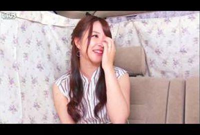 セレブ人妻ナンパ♥&生中出しSP【素人】Vol.05