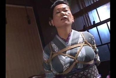 女縄師・狩野千秋 熟女縛りのテクニック 4 Part 1 DSE-778-1