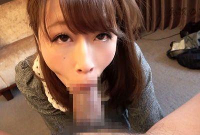 【個人撮影】吸いつき方が超エロい!デカ尻巨乳OLのノーハンドバキュームフェラ!!