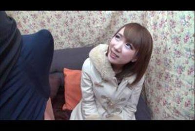 ガチナンパ!監督が選んだHで可愛いド素人娘♥厳選SP!Vol.30