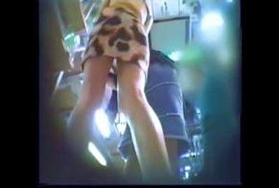 【素人パンチラ】若者パンチラ調査隊&オンナ隠し撮り師の激写映像 6