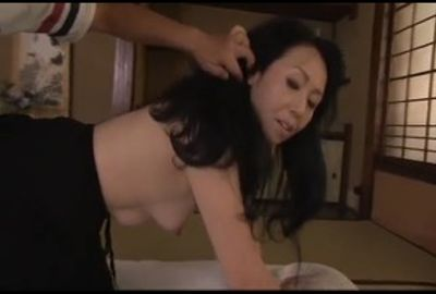私の肉壷に突き刺さるチ●ポの精液で満たして頂戴! Part 1