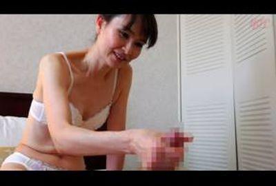 熟女が恥らうセンズリ鑑賞89