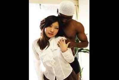 巨乳Fカップ妻が黒人チ○ポ初体験!
