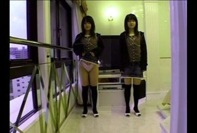 【ぱんちゅ】女子の生パンツをガン見する特集動画☆アソコもお尻のふくらみもパンティ興奮☆素人5人⑩