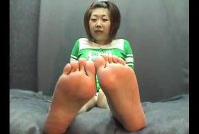 【足裏フェチ】★マニア必見!素人女の足裏★ 4
