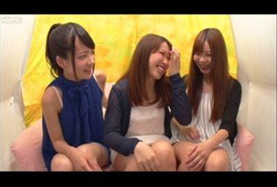 あべみかこ&女友達同士!初めての3Pレズで絶頂体験!【ナンパ】Vol.02