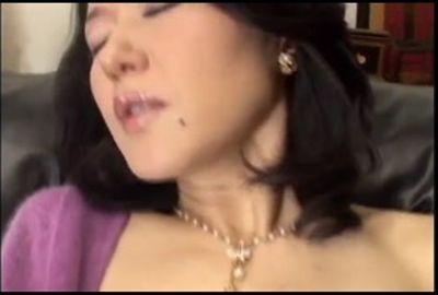 エロ動画 網タイツがエロすぎる超絶美女とのガチハメ -