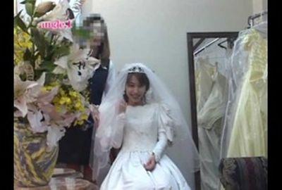 花嫁の生着替えを完全覗き見る! Vol.10