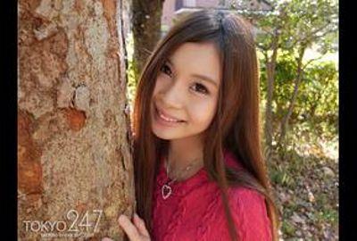 Tokyo247「りこ」ちゃんはエキゾチックな顔立ちの無国籍風雰囲気漂う女子大生