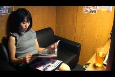素人娘のマン喫内オナニー隠し撮り Vol.06