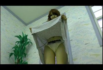 【下着フェチ】スカートの中のパンティを見せてもらって抜きたいっ☆きれいなお姉さん特集♪⑤
