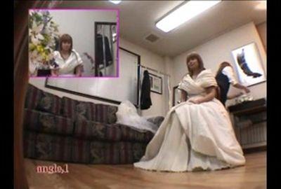 【試着室隠し撮り】結婚式前に狙われた花嫁 PART11