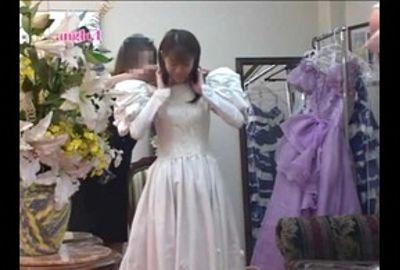【試着室隠し撮り】結婚式前に狙われた花嫁 PART3
