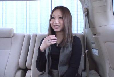 ナンパ成功率98%のガチナンパ師哲也の人妻入れ食いナンパ!! 咲さん(29)