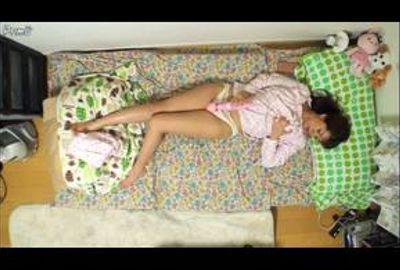 一般女性の日常を数日間隠し撮り・ストーキング&オナニー覗き見 Vol.01