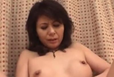 巨乳の変態人妻2
