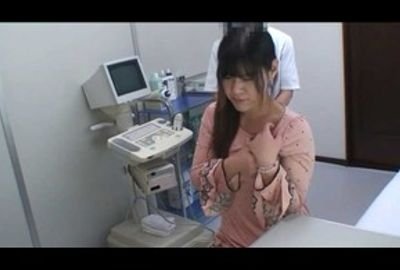 都内某婦人科医師Uのコレクション映像 医師たちのイタズラ診察映像エピソード4