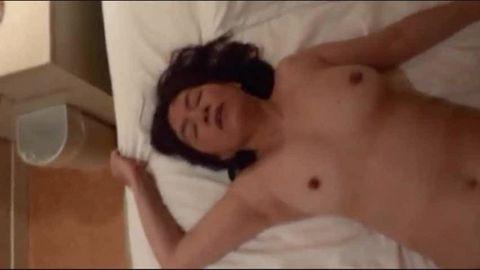 50代熟女セフレを好き勝手ハメる!性処理肉便器に巨根をしゃぶらせる!