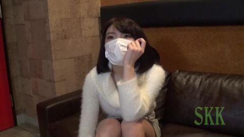 【個人撮影】セックス大好き超やりマン女子大生22歳&淫尻上玉箱入り美人娘27歳【2名収録】