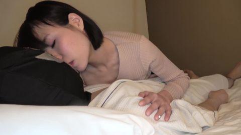 【個人撮影】スレンダー美人OLかえでちゃんとエロエロ痴女プレイで生ハメ中出し!